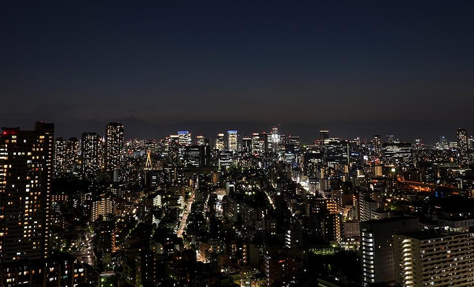 Ночной городской пейзаж