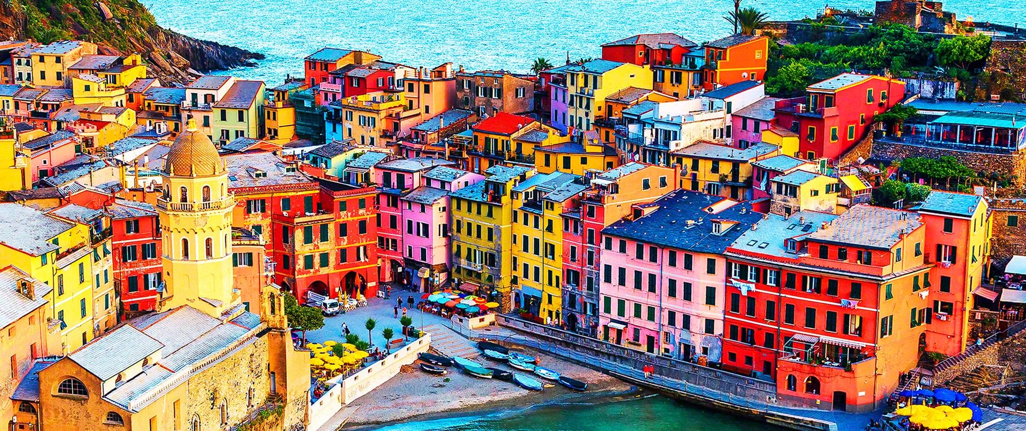 Детализированное изображение зданий в разрешении 4K передает более миллиарда цветов
