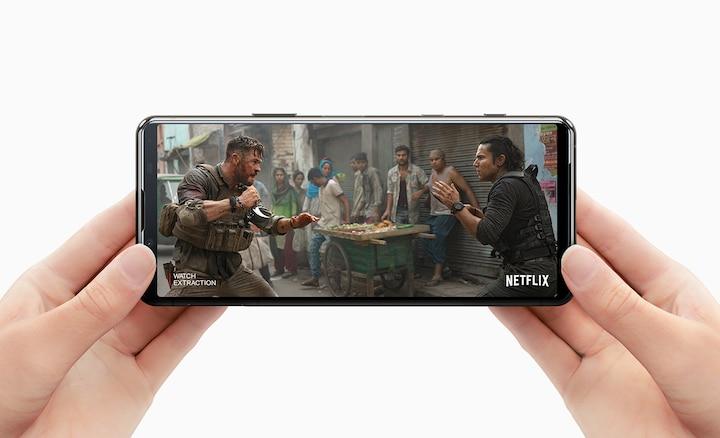 Просмотр Netflix на Xperia 5 II