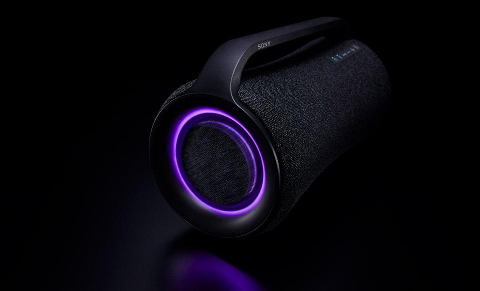 Крупный план SRS-XG500 с пурпурным световым рисунком.